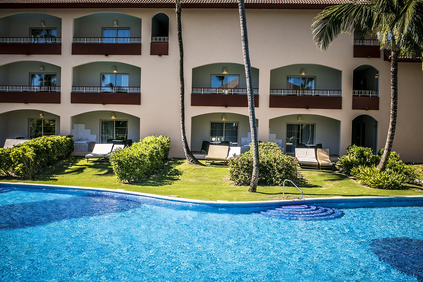 Majestic Colonial Resort Punta Cana Club Junior Suite Ocean Front Outdoor Jacuzzi